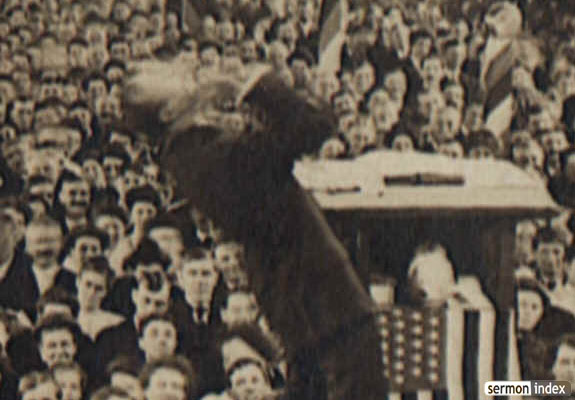 Billy Sunday speaking in Decatur, Illinois