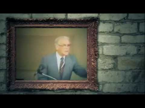 (clip) Thou O Christ is All I want by Leonard Ravenhill